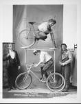 50 strange retro photographs